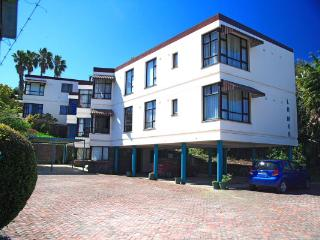 Flat ideally situated in Knysna - Knysna vacation rentals
