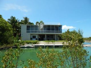 Nice 4 bedroom House in Ramrod Key - Ramrod Key vacation rentals