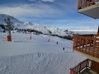 Duplex for 8 pax on the slopes - Macot-la-Plagne vacation rentals