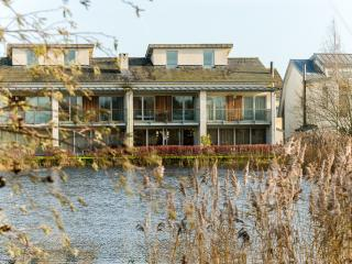Finch Lodge - The Lower Mill Estate - Cirencester vacation rentals