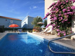 TH01632 Apartments Vlah / Three bedrooms A1 - Rogoznica vacation rentals
