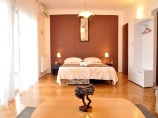 TH01884 Apartments Villa Ivanisevic / Two bedrooms A5 - Duce vacation rentals