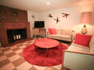 Mid Century Modern - Portland vacation rentals