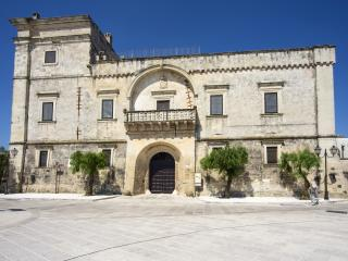 SUITE CAMPANA (suite superior) CASTELLO DI CASAMASSELLA - Casamassella vacation rentals