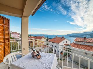 TH00678 Apartments Helena / Three bedrooms A8 - Rabac vacation rentals