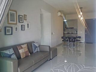 Comfortable Condo with Washing Machine and Balcony - Sri Kembangan vacation rentals