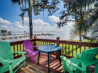 Wonderful lakefront condo w/ free boat slips - swim, fish, sail! - Lake Placid vacation rentals