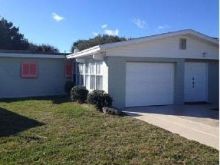 2 bedroom House with Deck in New Smyrna Beach - New Smyrna Beach vacation rentals