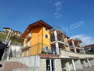 Bright 3 bedroom Vacation Rental in Vercana - Vercana vacation rentals