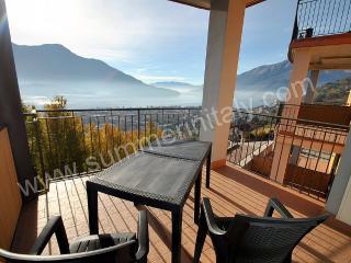 Cozy 2 bedroom House in Vercana with Deck - Vercana vacation rentals