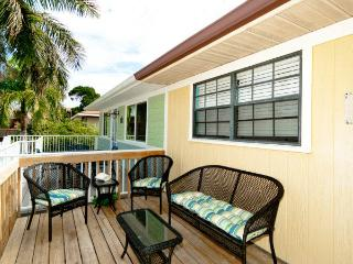 Jo-Joes Beach Place: 2BR Family-Friendly Duplex - Holmes Beach vacation rentals