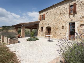 2 bedroom Independent house in Volterra, San Gimignano, Volterra and surroundings, Tuscany, Italy : ref 2307276 - Volterra vacation rentals