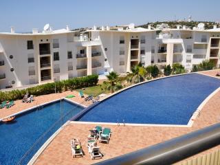 Encosta da Orada ED fantástico apartamento de alta qualidade a 800 metros do centro - Albufeira vacation rentals