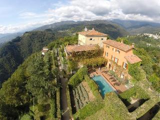 Tuscan Villa Holiday Accommodation - Coreglia Antelminelli vacation rentals