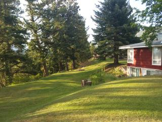 Mia cozy hideaway retreat - Columbia Falls vacation rentals