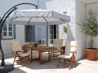 Hydras Chromata Superior Apartment OCHRE - Hydra vacation rentals