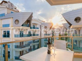 SUPER LUXURY FURNISHED APARTMENT FOR RENT NEAR SEA - Antalya vacation rentals