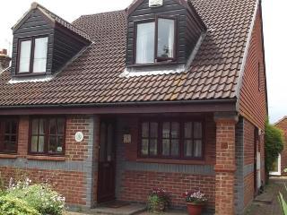 March Cottage Bed & Breakfast Faversham Kent - Faversham vacation rentals