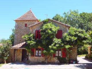 La Bergerie - a beautifully tranquil home from home - Fumel vacation rentals