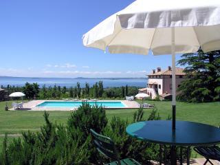 Agriturismo Tiziana - Casa Il Portico - - Bolsena vacation rentals