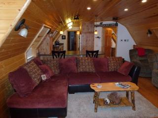 Quonset Cabin-Close To Bear / Snow Summit - Big Bear City vacation rentals