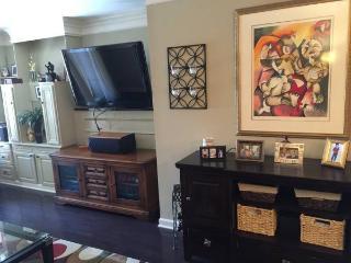 Highend Buckhead Condo- Comfortable, Clean, Cozy! - Buckhead vacation rentals