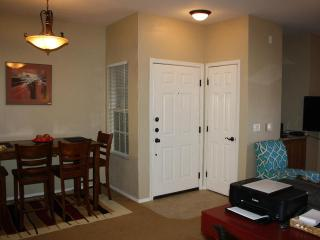 Nice Condo with Internet Access and A/C - Oro Valley vacation rentals