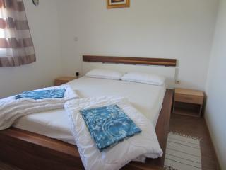 TH02006 Apartments Mara / One bedroom A3 - Liznjan vacation rentals