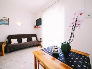 TH03407 Apartments Villa Brigitta / One bedroom A4 - Duce vacation rentals