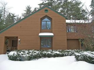 D0267- Managed by Loon Reservation Service - NH Meals & Rooms Lic# 056365 - North Woodstock vacation rentals