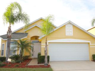 Contemporary 4 Bedroom with 2 Bathroom Villa - Kissimmee vacation rentals
