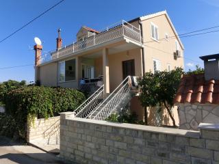 Apartment Memunić 1,Malo Selo,Hodilje,Ston - Ston vacation rentals