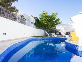 Tosh Villa, Albufeira, Algarve - Albufeira vacation rentals