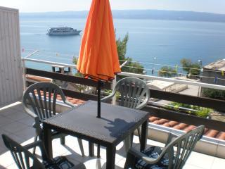 Apt Ivanisevic 2 balcony sea view - Podstrana vacation rentals