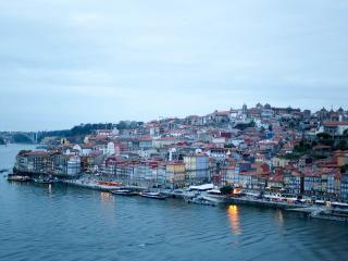 Bright House with Internet Access and Short Breaks Allowed - Porto vacation rentals
