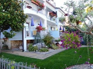 1 bedroom Apartment with Internet Access in Porec - Porec vacation rentals