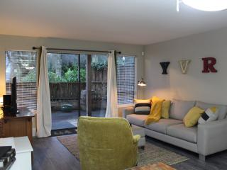 Nice Condo with Internet Access and Wireless Internet - Vancouver vacation rentals