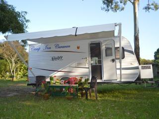 """""""Camp Inn Caravan"""" Camper  Van for Tour service - Kochi vacation rentals"""