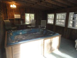 Greers Ferry Cabin, walk to lake..HOT TUB - Higden vacation rentals