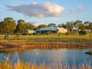 Abingdon House - Luxury Mudgee Retreat - Mudgee vacation rentals