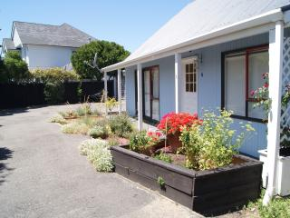 Sumner Beach Cottage - Sumner vacation rentals