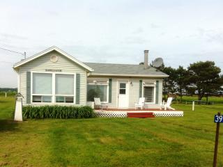 Happy Haven   Located on the south shore red sands - Victoria vacation rentals