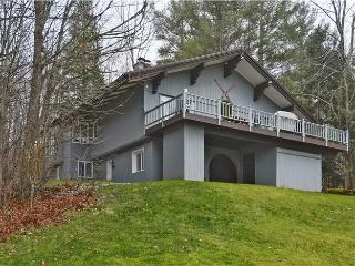 4 bedroom House with Deck in Stowe - Stowe vacation rentals