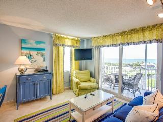 Sweeping ocean views, shared pool & hot tub and more! Walk to the beach! - Bonita Springs vacation rentals