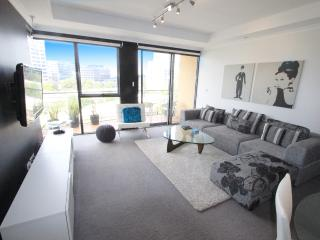 2 bedroom Apartment with Washing Machine in Melbourne - Melbourne vacation rentals