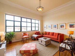 Casa Glória - sunny, spacious boutique apartment - Lisbon vacation rentals