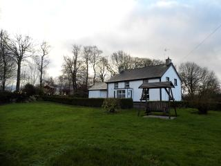 Pharis Smithy Farmhouse, Ballymoney, Ballycastle - Ballymoney vacation rentals