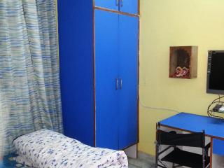 Just in US $32.00 per night per person, One BHK Serviced Apartment with kitchen - Lucknow vacation rentals