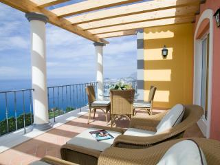 Palheiro Village One Bedroom Apartment - Funchal vacation rentals