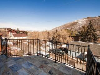 Newly renovated condo, steps away from PCMR - Park City vacation rentals